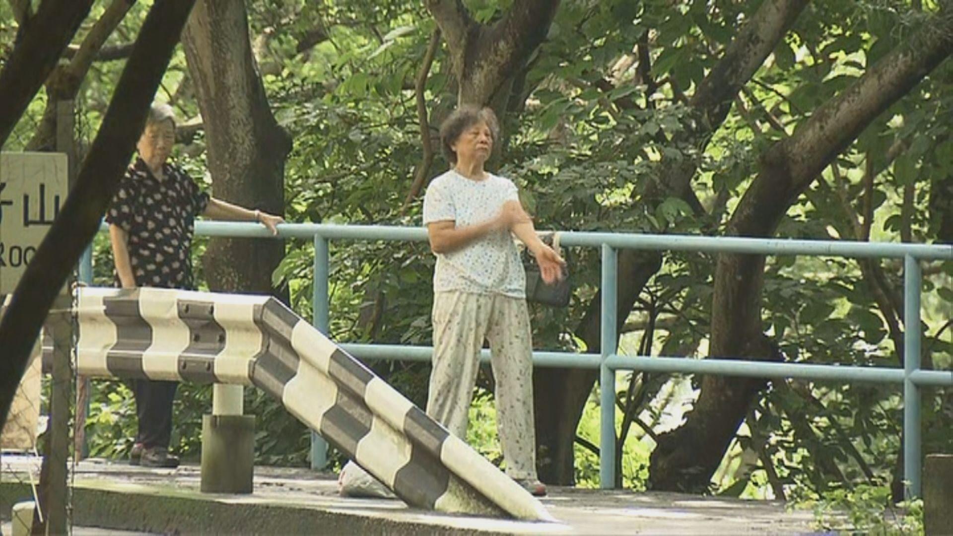 有市民未知獅子山公園封閉不能入內