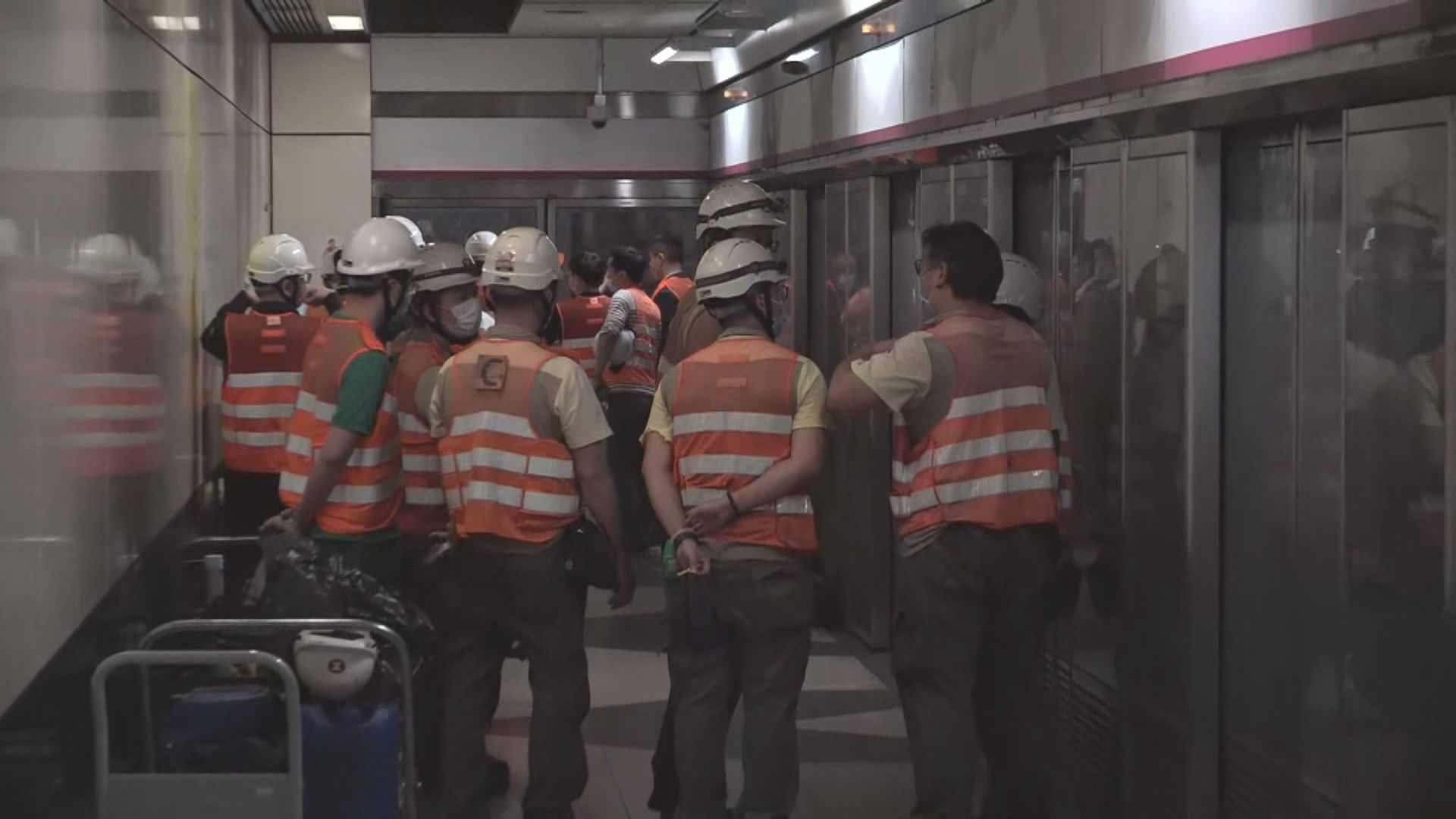 柯士甸站往尖東路軌裂縫完成臨時修復 行車時間延長