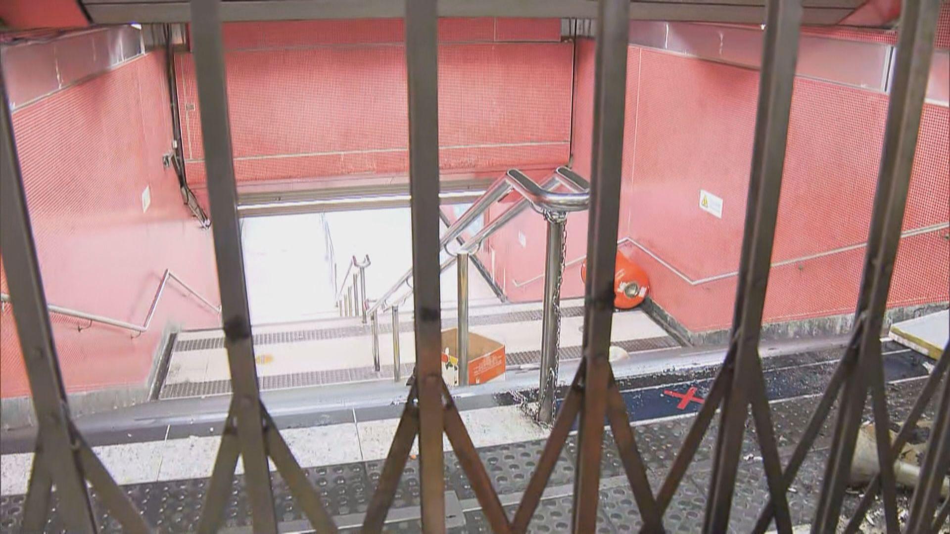 【831半周年】警拘逾110人 旺角站部分出口仍封閉
