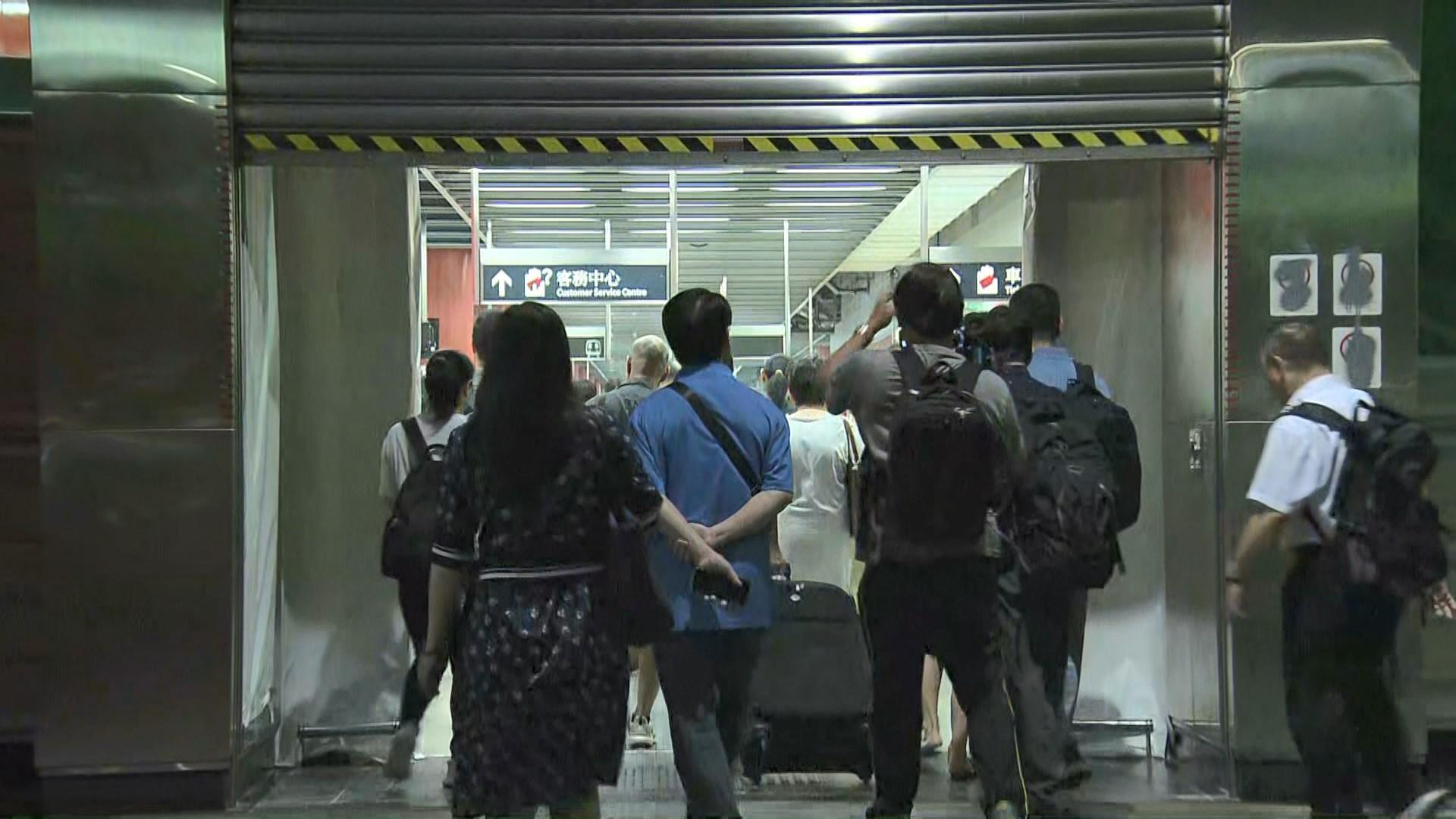 港鐵將軍澳站關閉近一周後重開