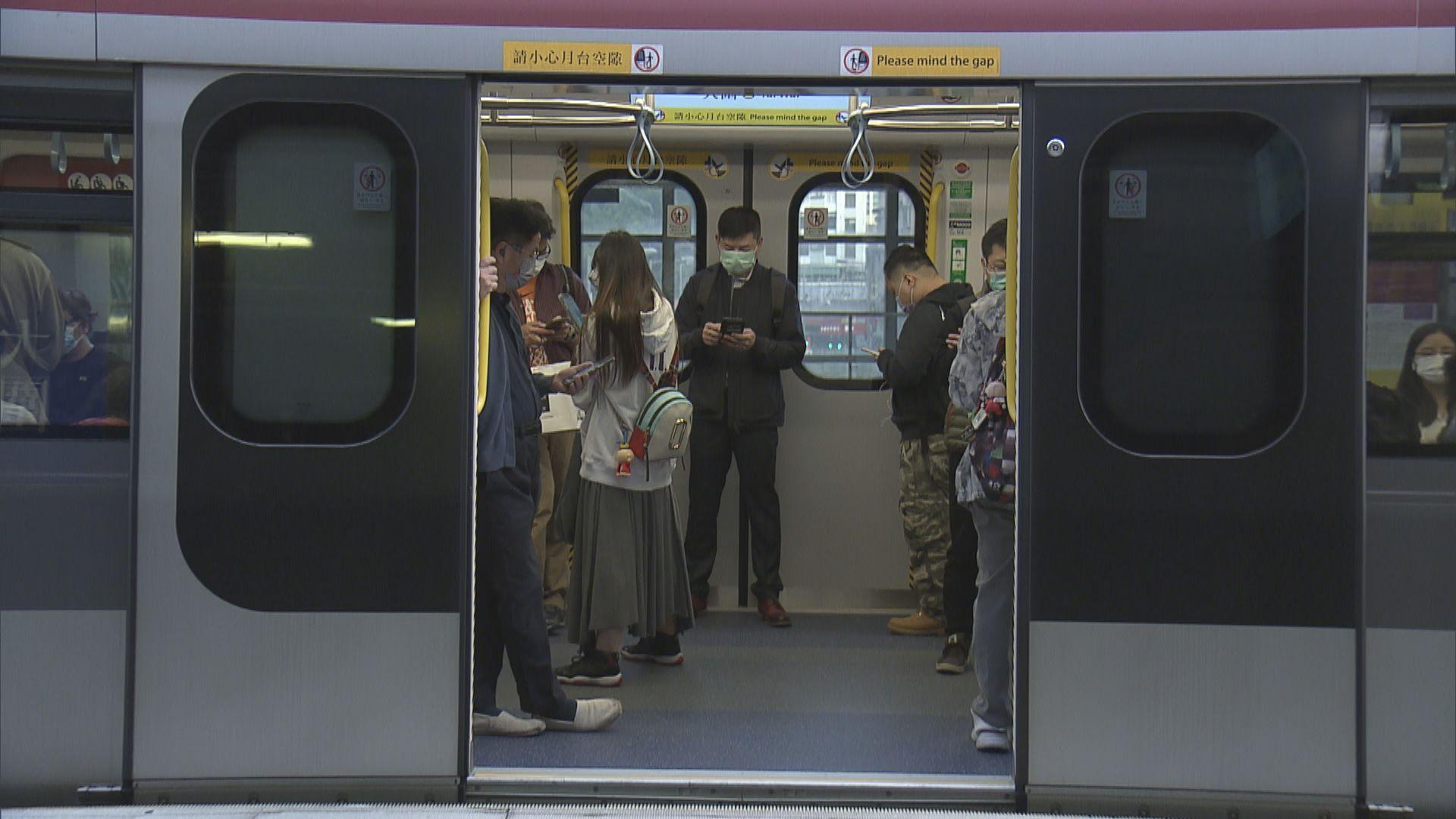 【首個上班日】東鐵綫一列九卡列車疑機件故障 服務一度受阻