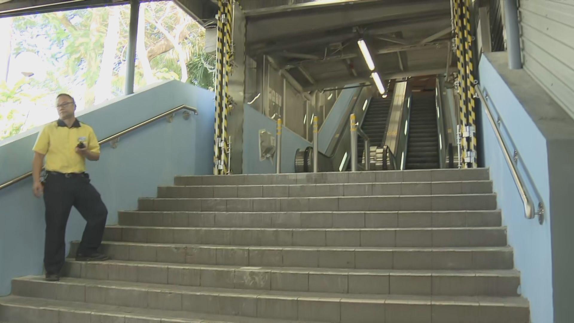 港鐵︰大學站保安明顯加強 多處裝上鋼門