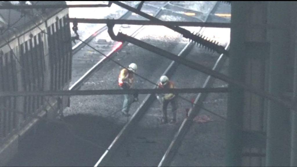 港鐵指架空電纜斷裂導致電力中斷