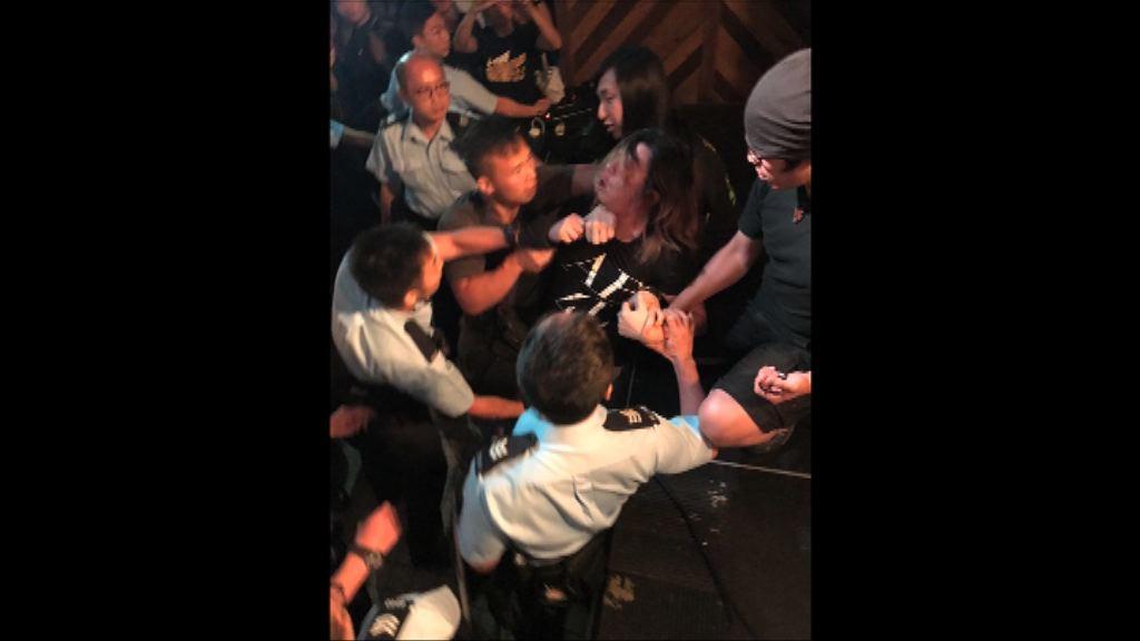 表演場地有外籍樂隊涉從事非法勞工 共七人被捕