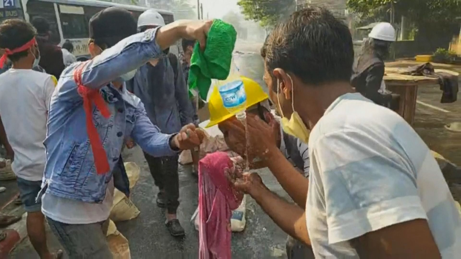 緬甸土瓦市警方開槍鎮壓示威 據報至少四死