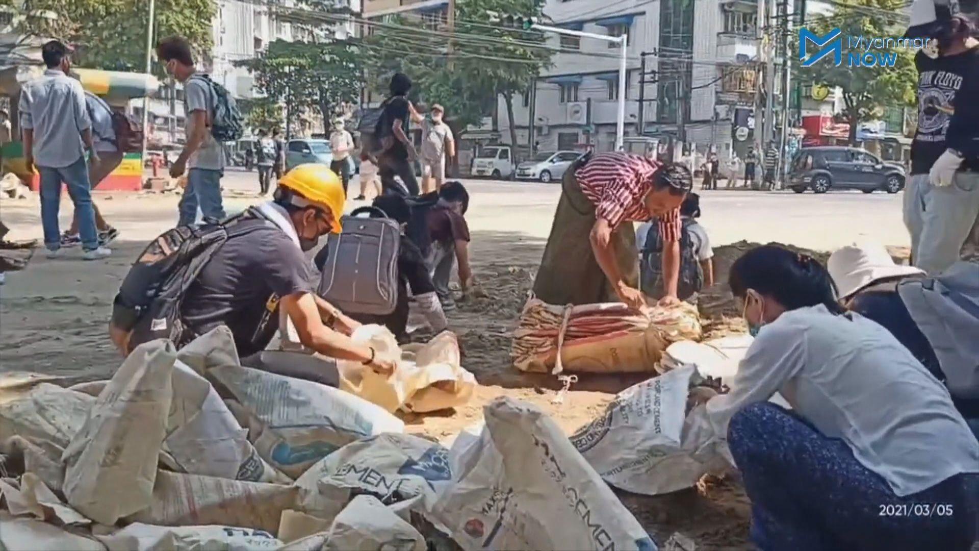 緬甸反軍事政變示威持續 報道指再有示威者中槍死亡