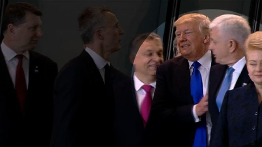北約峰會 特朗普推開黑山總理佔前列位置