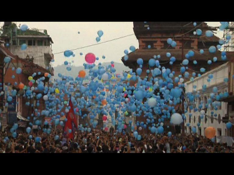 尼泊爾辦儀式悼念地震遇難者