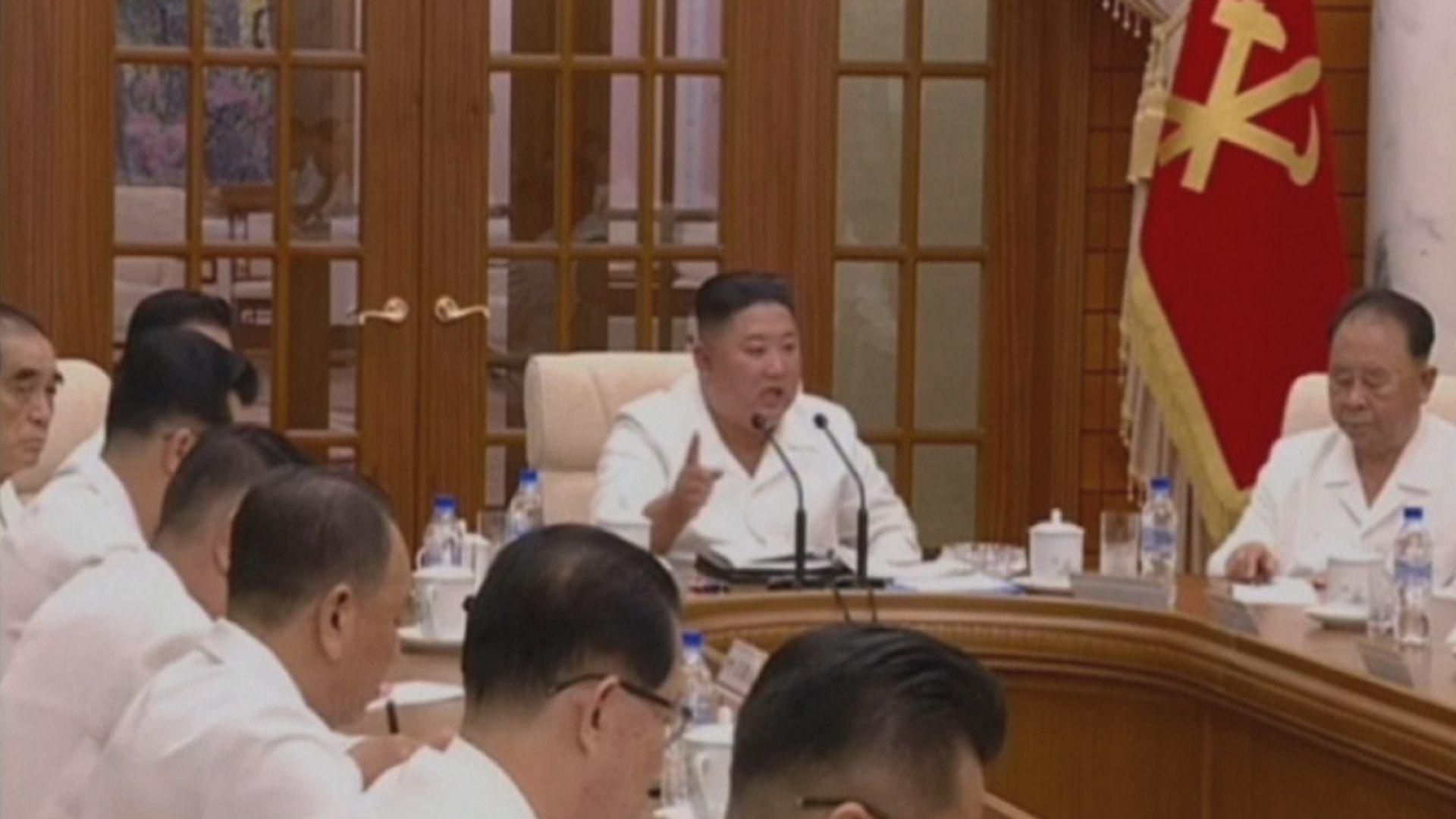 北韓官媒發放金正恩主持會議片段 間接粉碎病重傳言