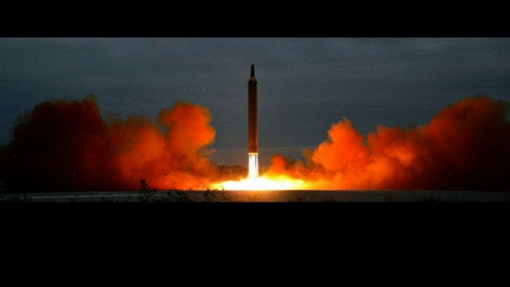 北韓證試射火星-12型導彈