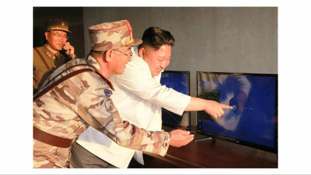 朝中社:金正恩親身指導彈道導彈試射