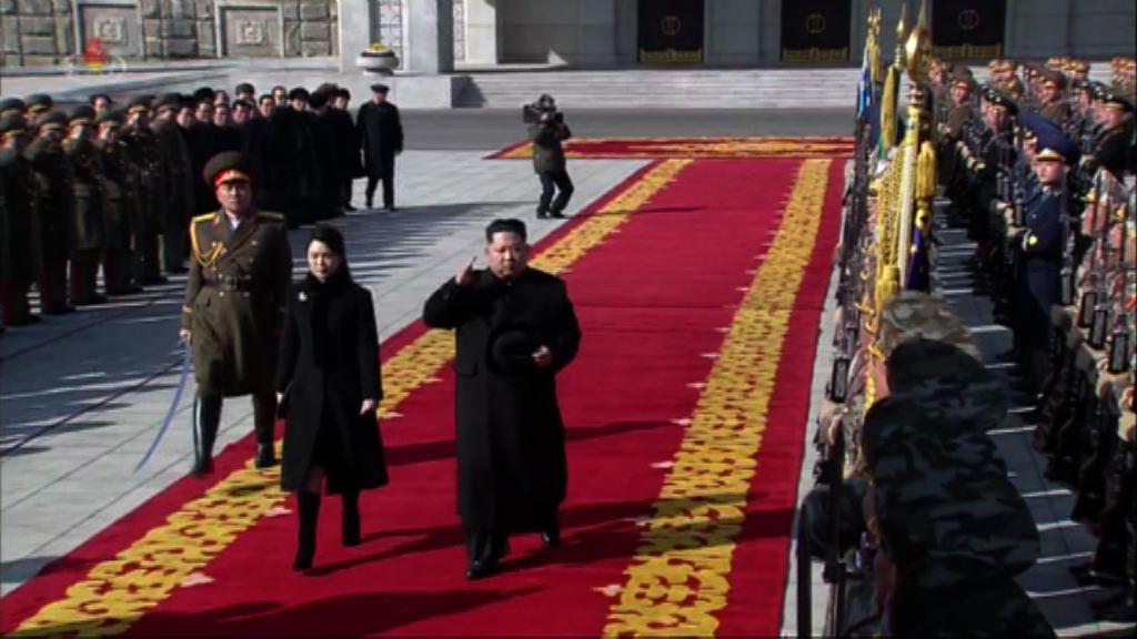 平昌冬奧前夕北韓舉行大規模閱兵