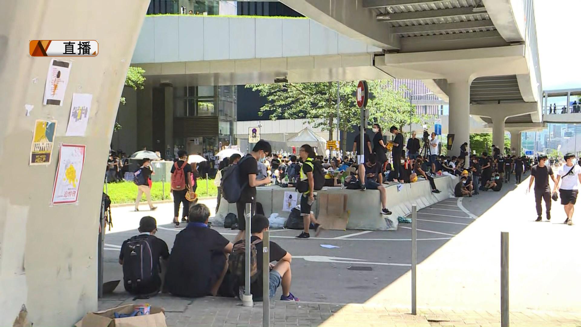【現場報道】夏慤道示威者正陸續散去