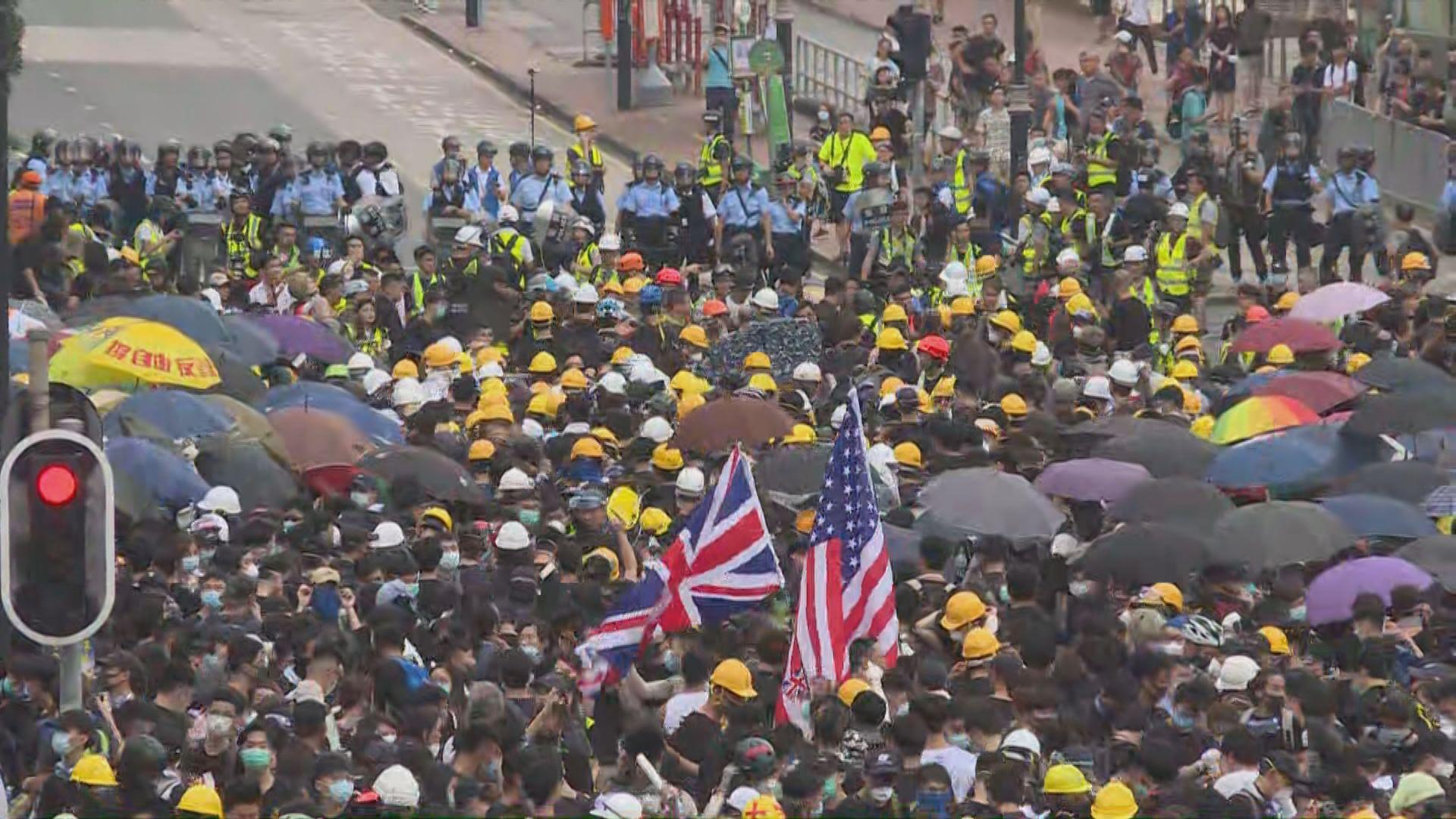 【現場報道‧源禾路】警方與示威者對峙