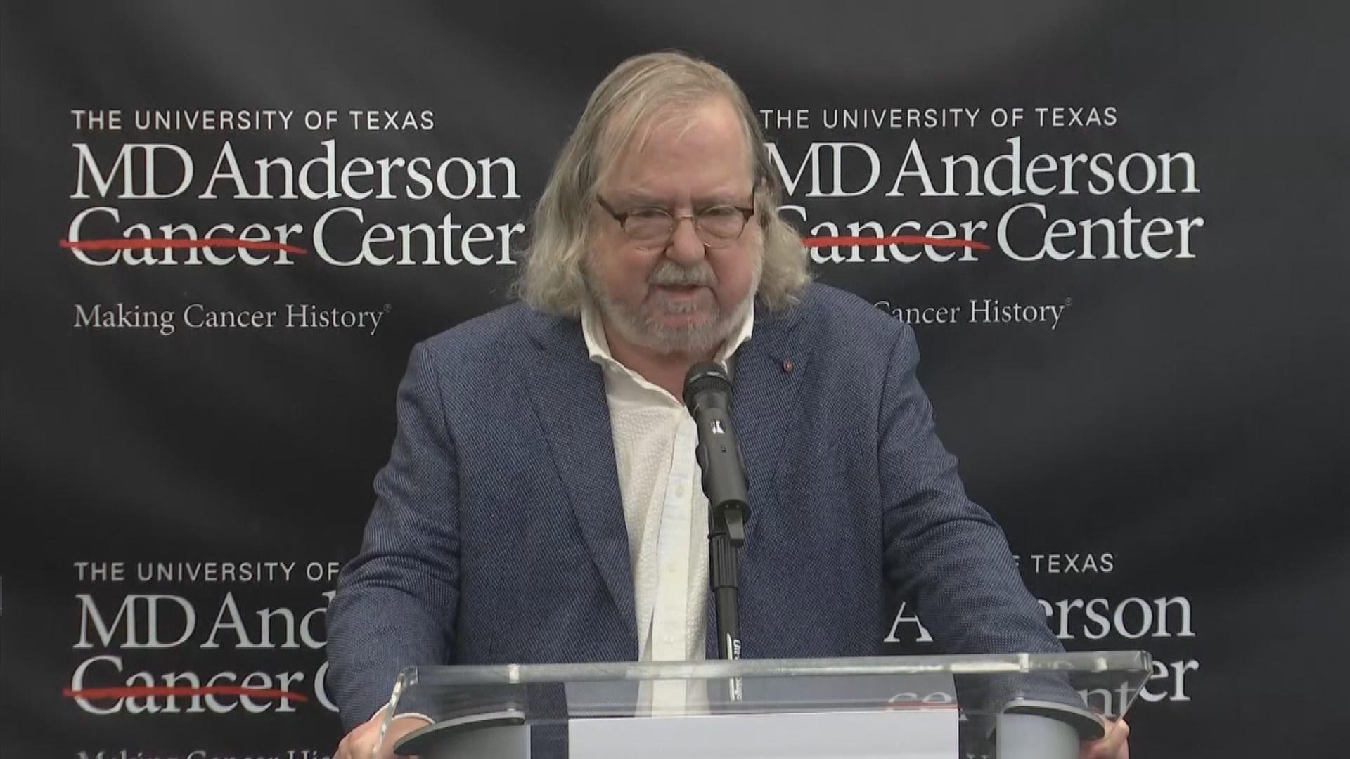 諾貝爾醫學獎得主艾利森在紐約開記者會