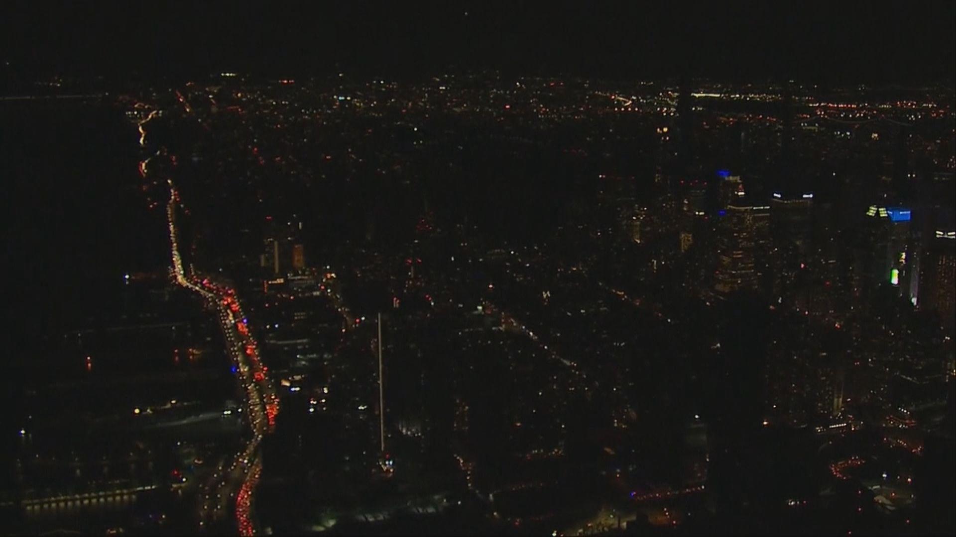 紐約曼哈頓部分地區停電數萬戶受影響