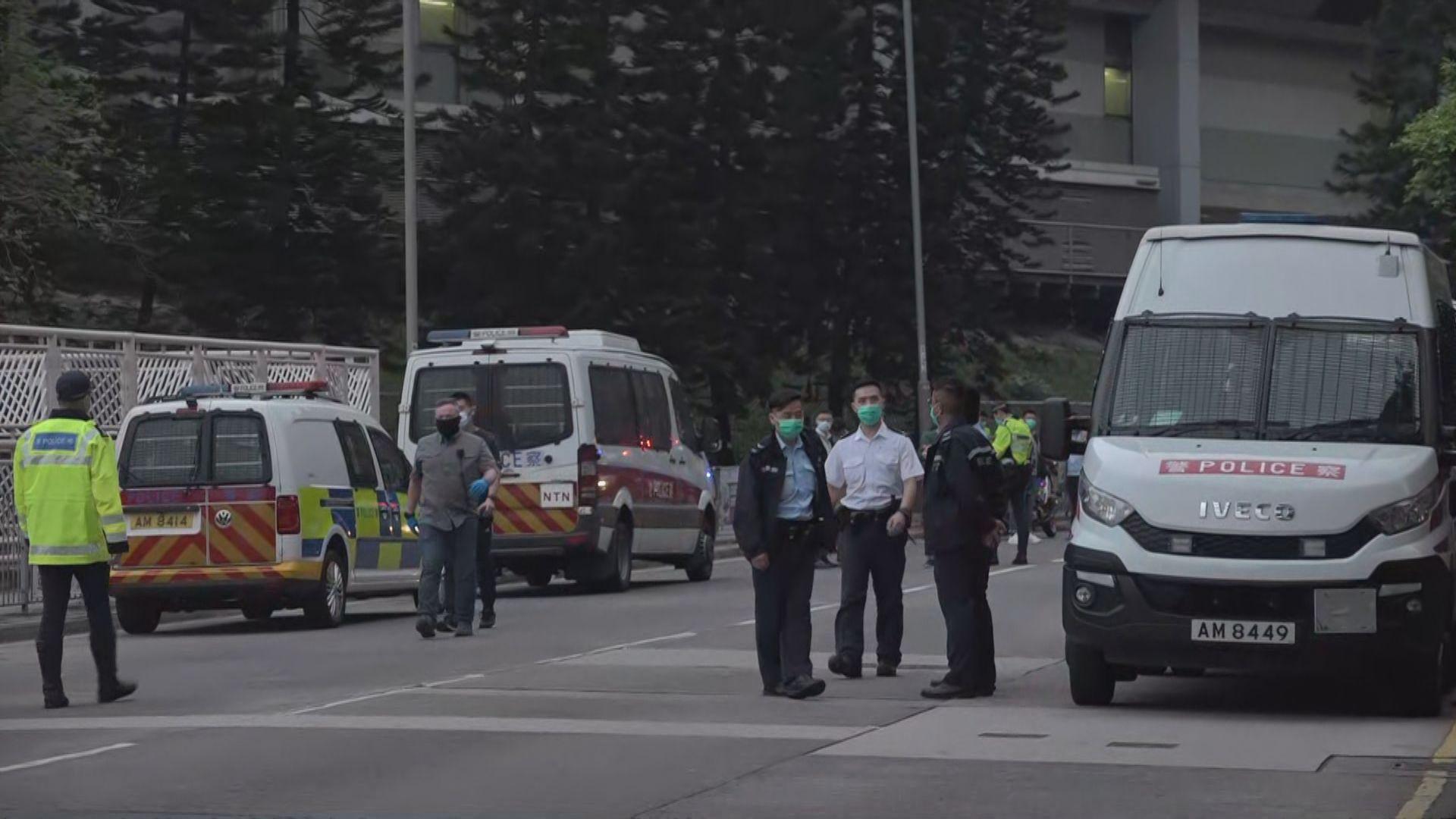 大埔康樂園警開一槍截匪拘捕四人