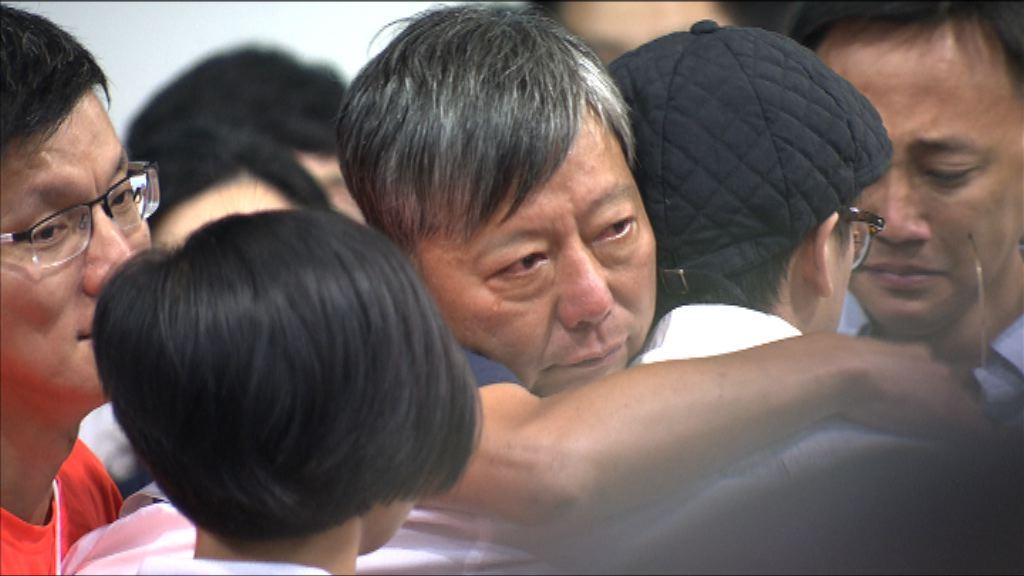 立法會新舊交替 李卓人:議會外繼續抗爭