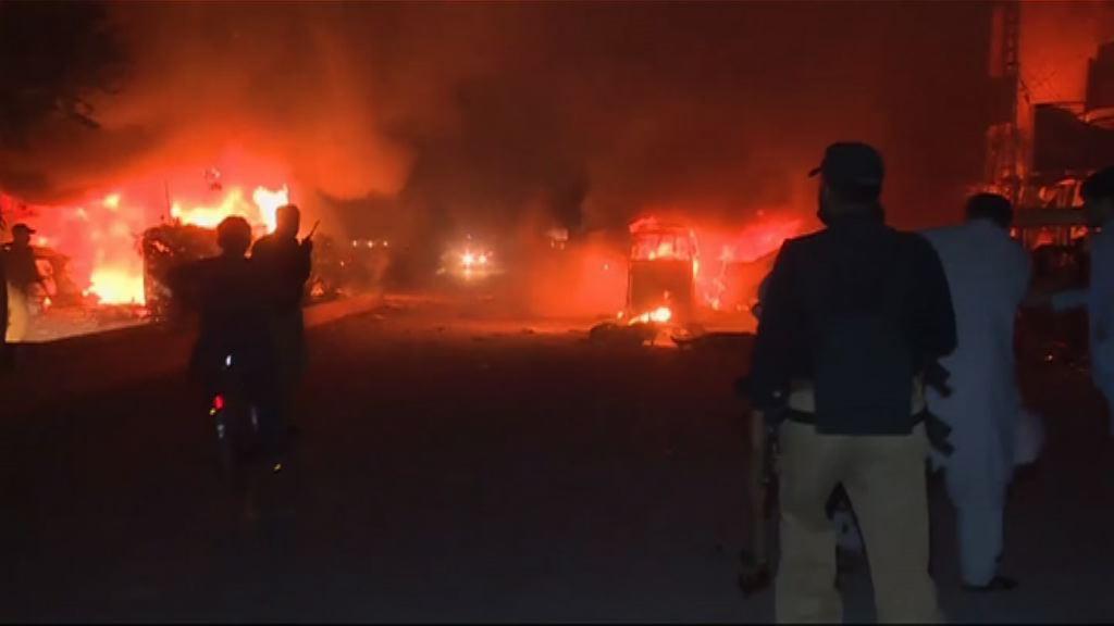 巴基斯坦奎達有軍車遭炸彈襲擊