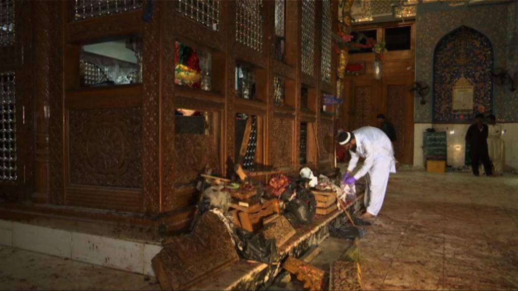 巴基斯坦南部遭炸彈襲擊逾百死傷