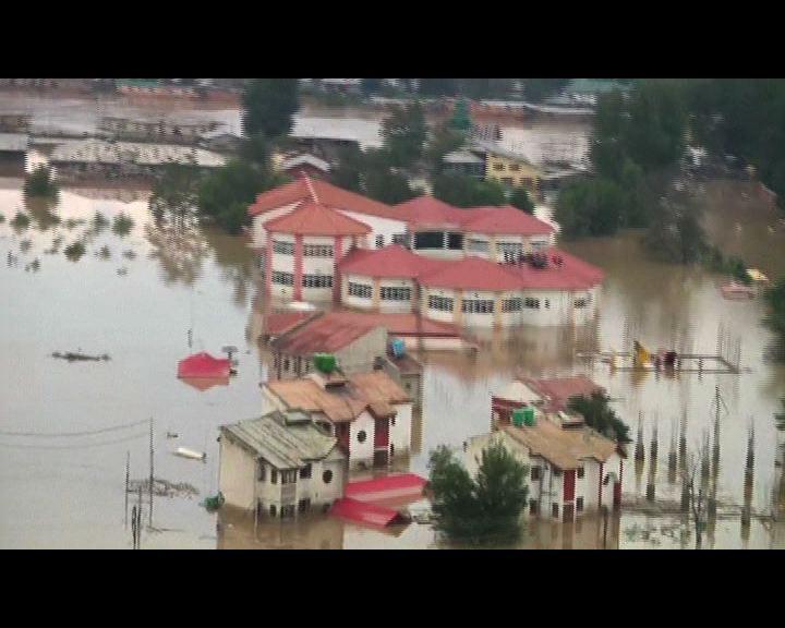 印度巴基斯坦水災逾400人亡