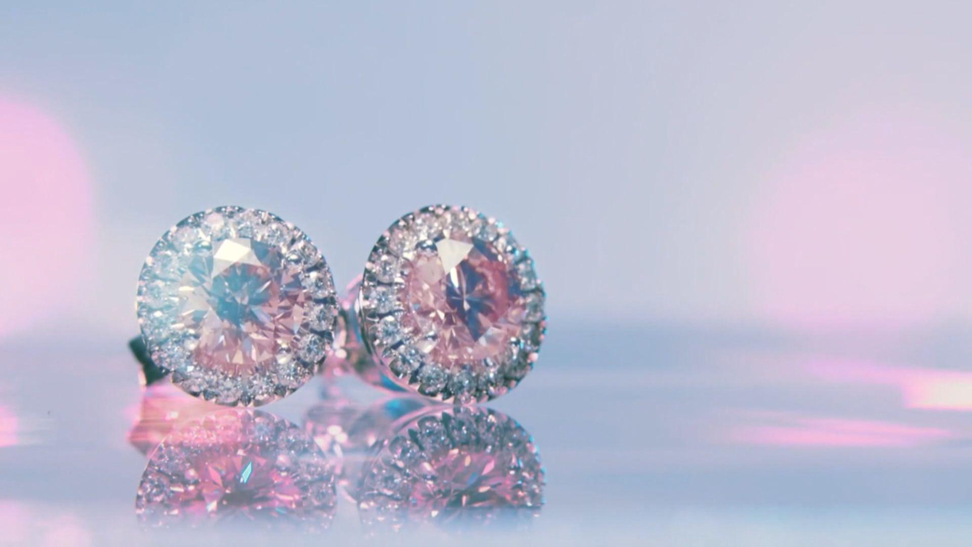 Pandora宣布棄用天然鑽石製作首飾