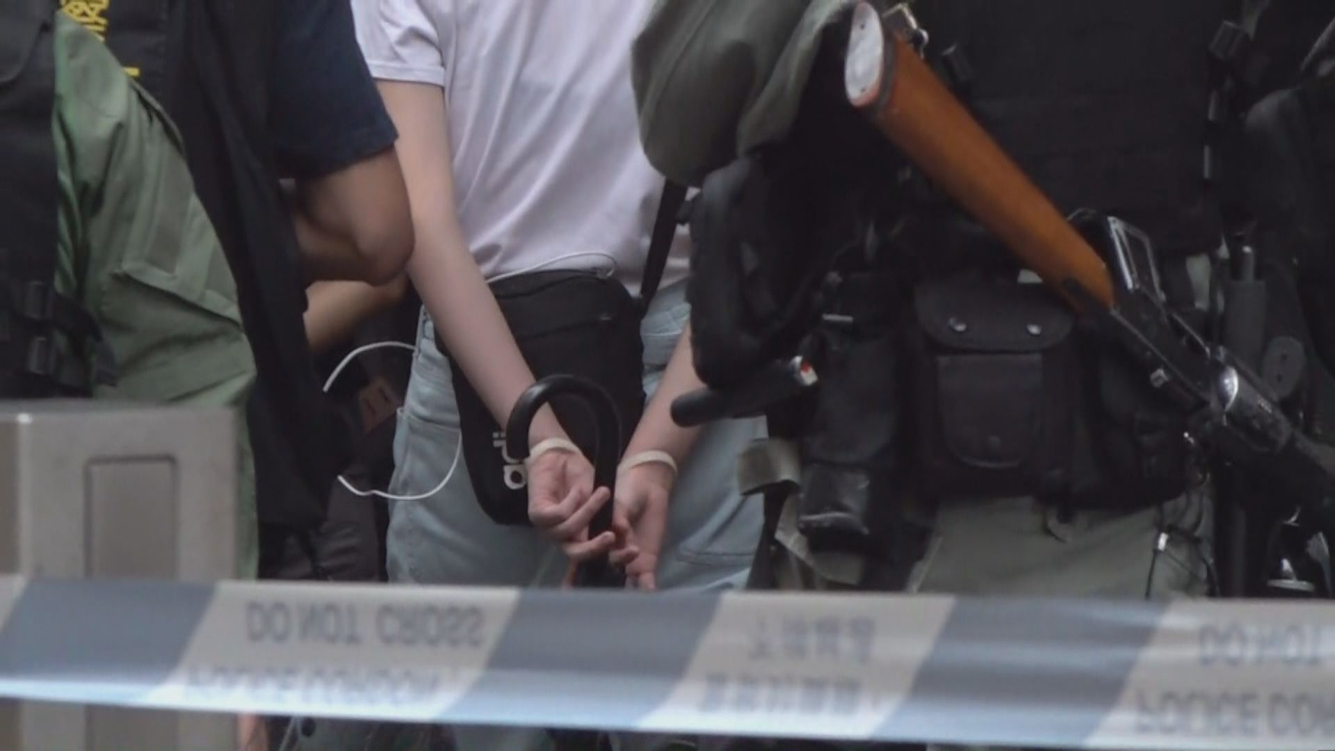 警拘69人主要涉非法集結 包括兩名區議員