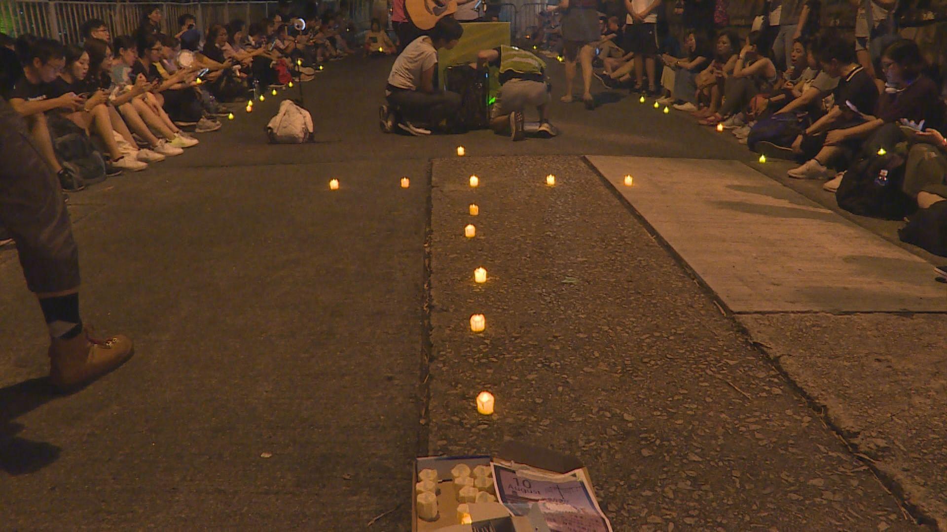 過百名教徒舉行燭光集會 盼林鄭回應訴求