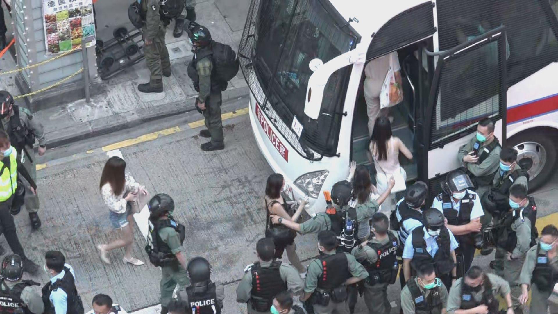 有市民在佐敦遊行反港區國安法 警方帶走超過五十人