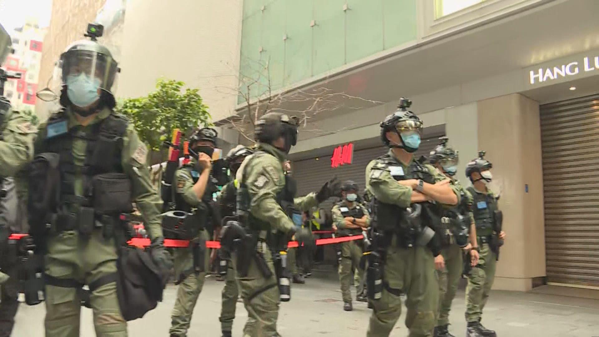 警多次設封鎖區查記者身分 記協觀察員質疑警設封鎖線無必要