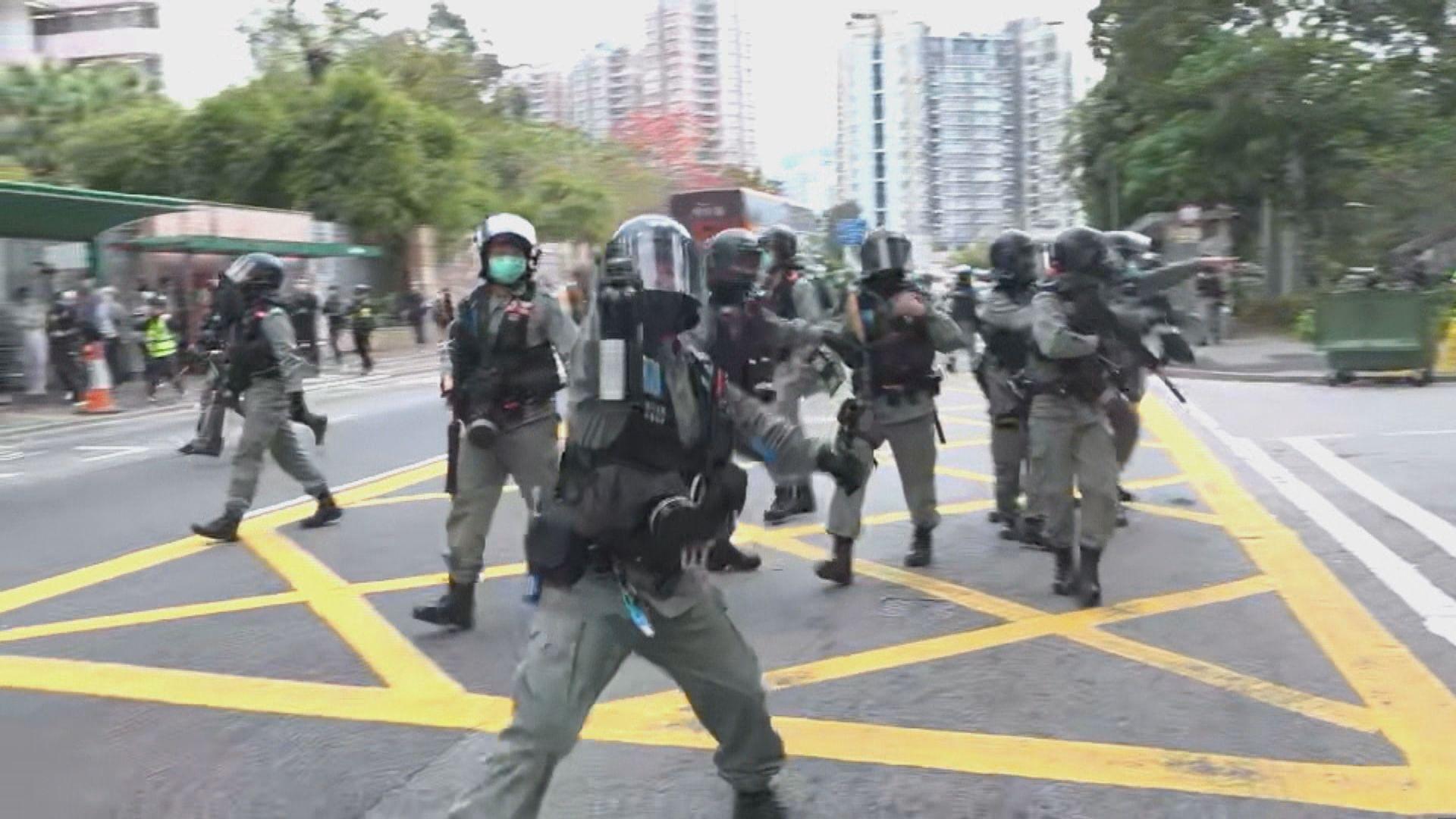 警方大埔驅趕行動 本台採訪隊被胡椒噴劑噴中