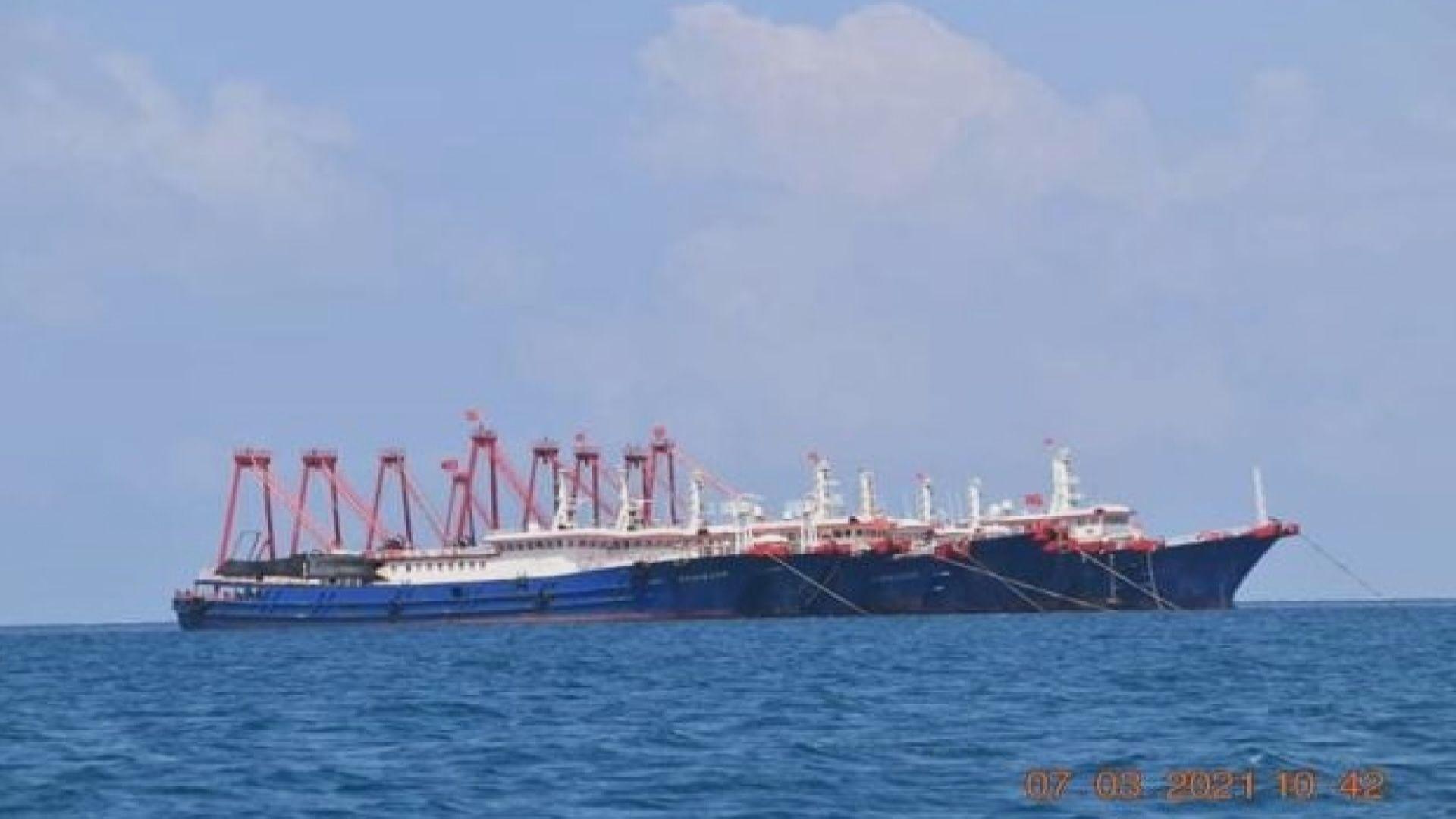 菲律賓防長再次要求中國船隻離開南海牛軛礁