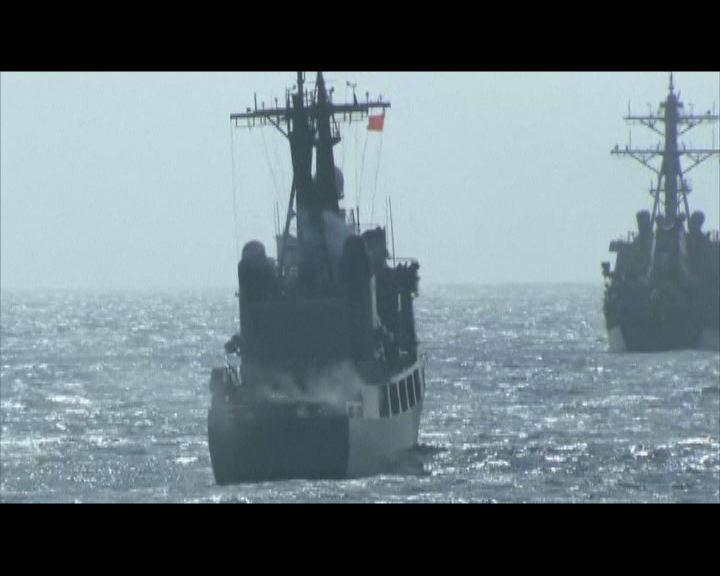 美菲海軍南海附近舉行聯合演習