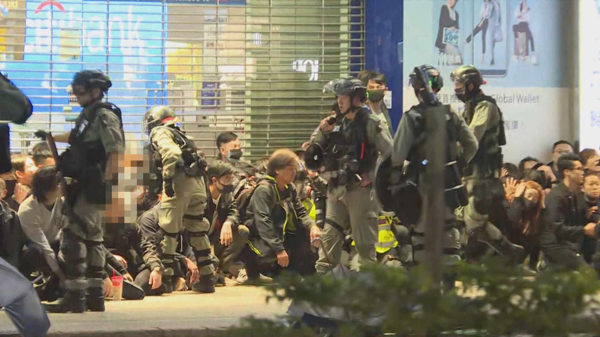 反修例風波以來 警方大型公眾活動中拘逾7100人