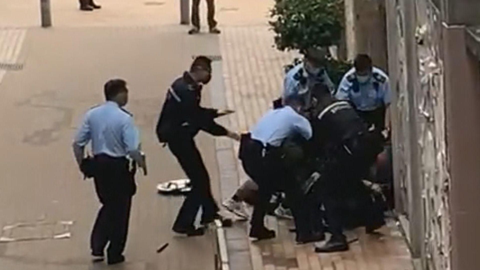 警方周五跑馬地拘捕一名闖入銀行疑犯