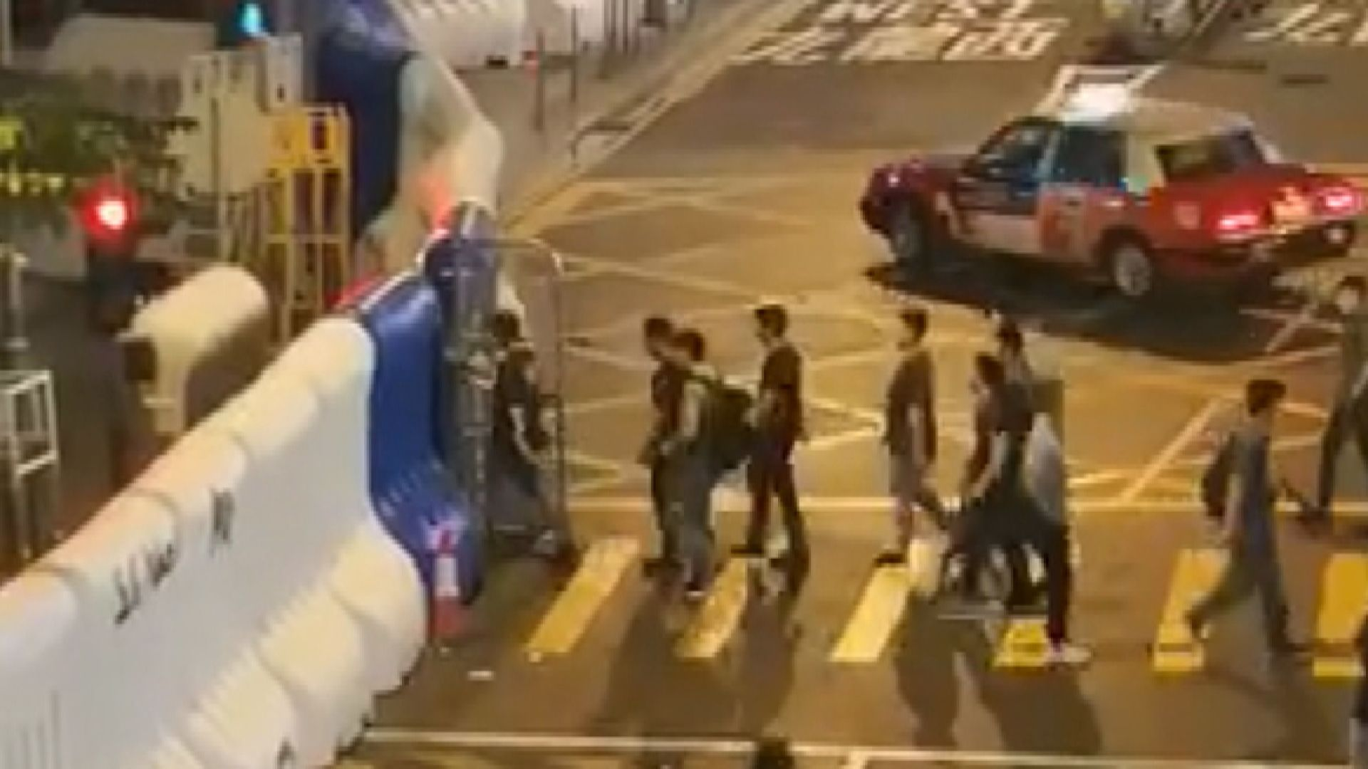 警方稱周日並無派警員喬裝示威者