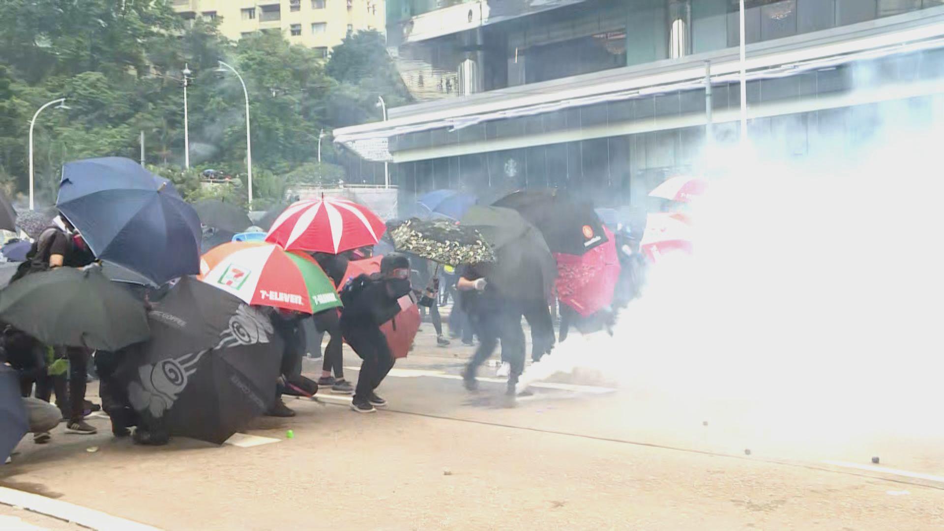 警方周末拘157人 其中67人是學生