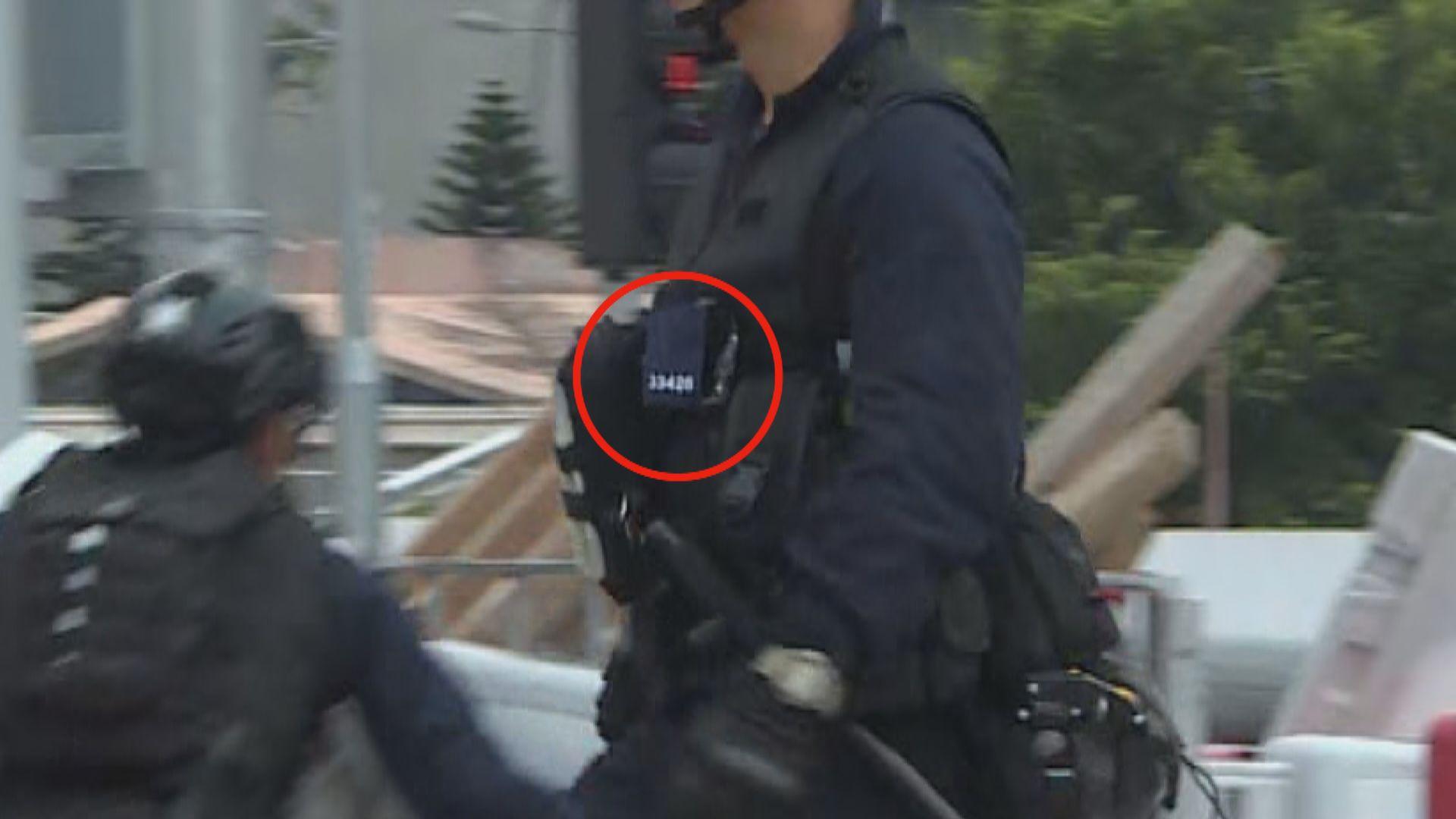 警方:行動中盡可能展示警員編號
