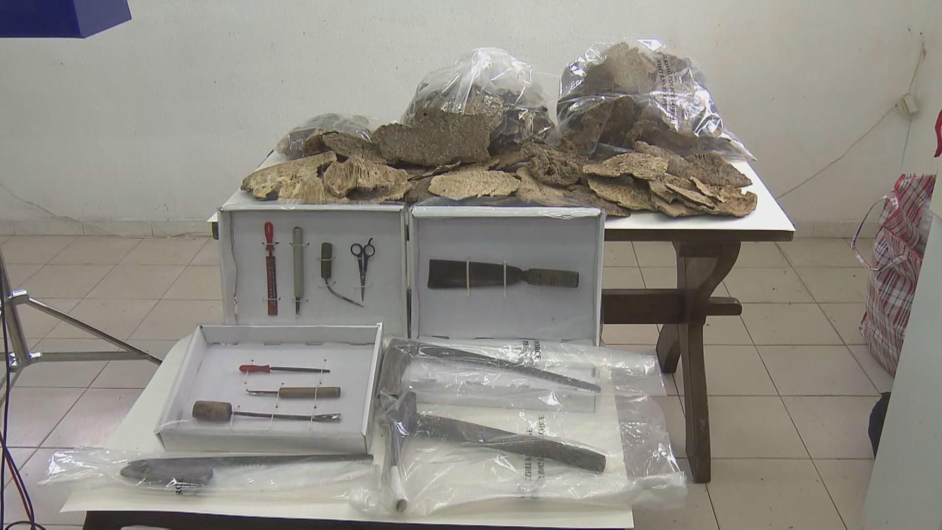 警方檢獲八公斤沉香製成品 市值約60萬元