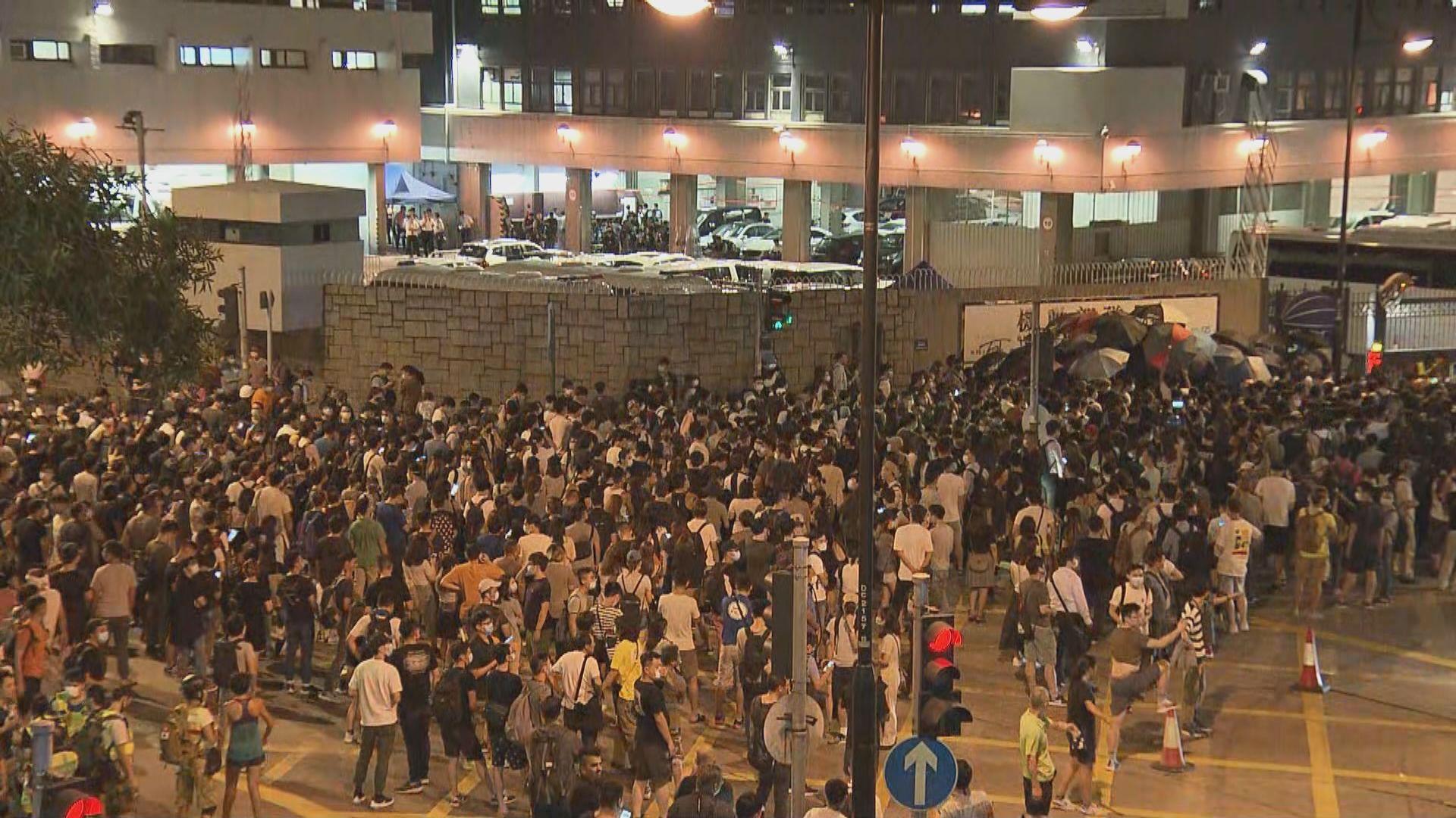 警方料葵青遊行或有暴力衝擊事件 反對申請