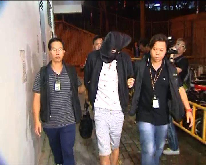 侯金林遭潑黑油案 警拘三男子