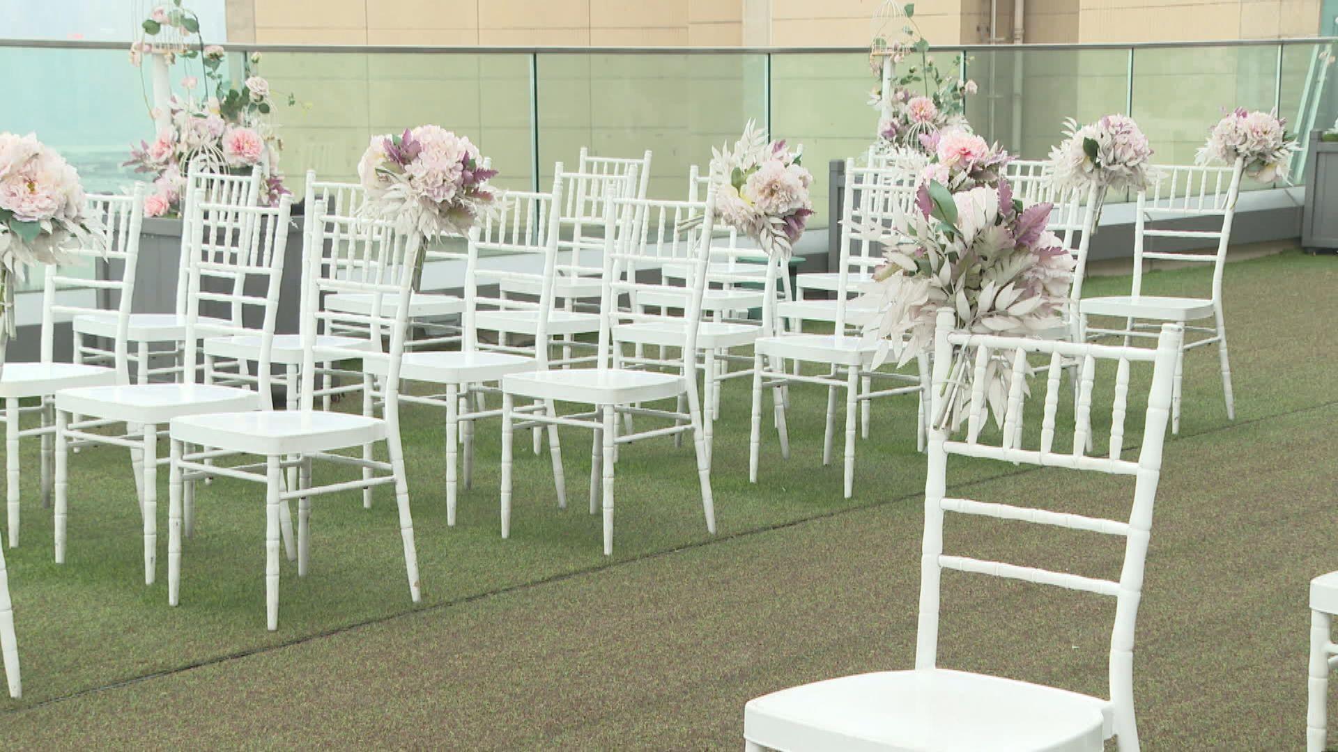 周五放寬限聚令 婚禮聚集人數限制增至50人