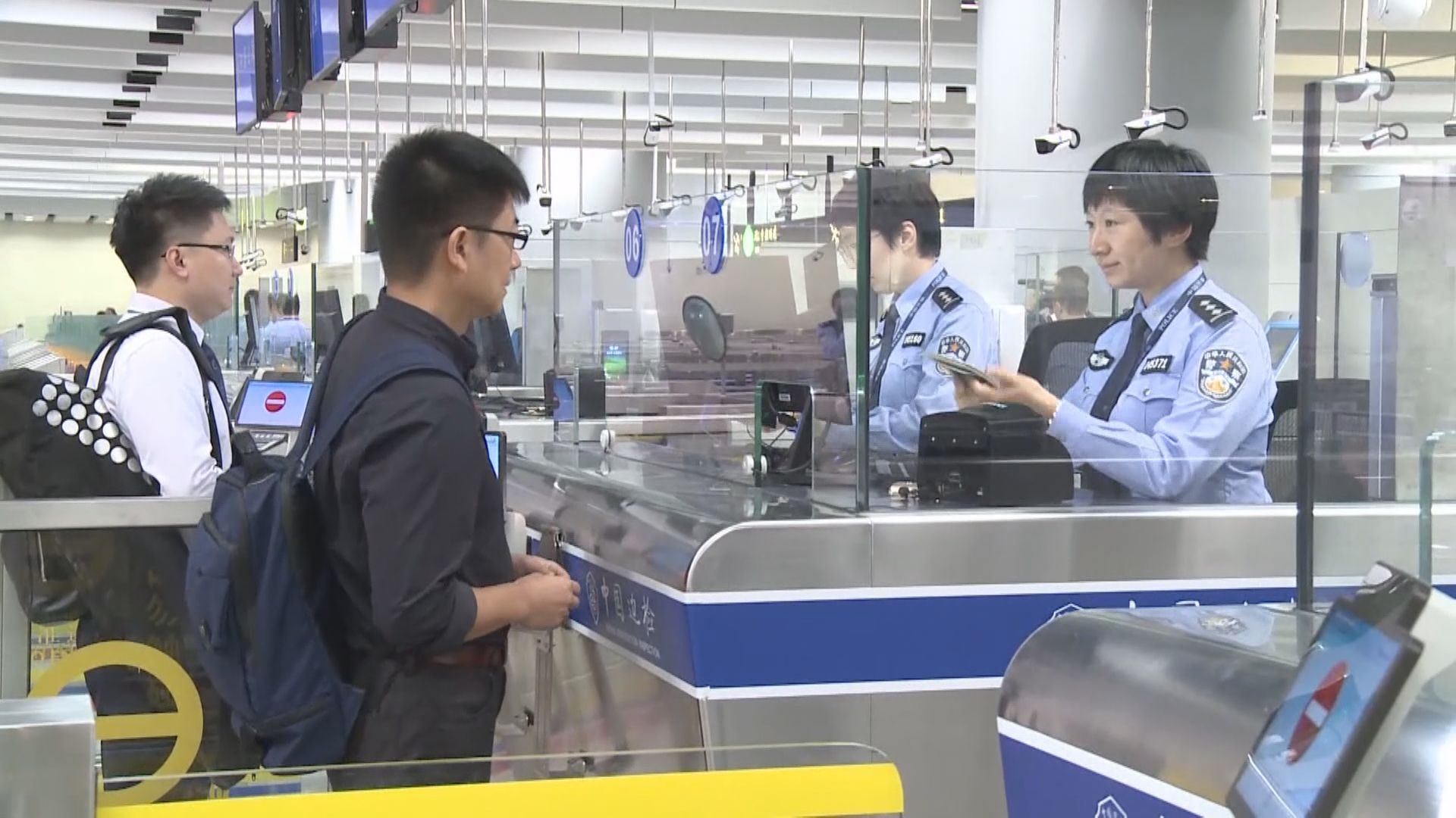 運輸署:會監察西九龍站及附近交通情況