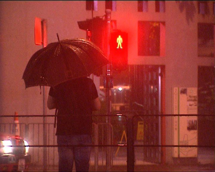 天文台清晨一度發出紅色暴雨警告