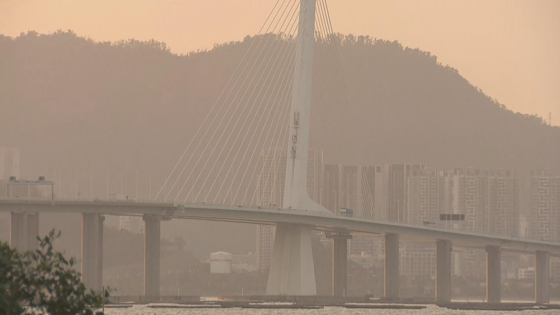 深圳灣公路大橋外置鋼纜因鏽蝕折斷