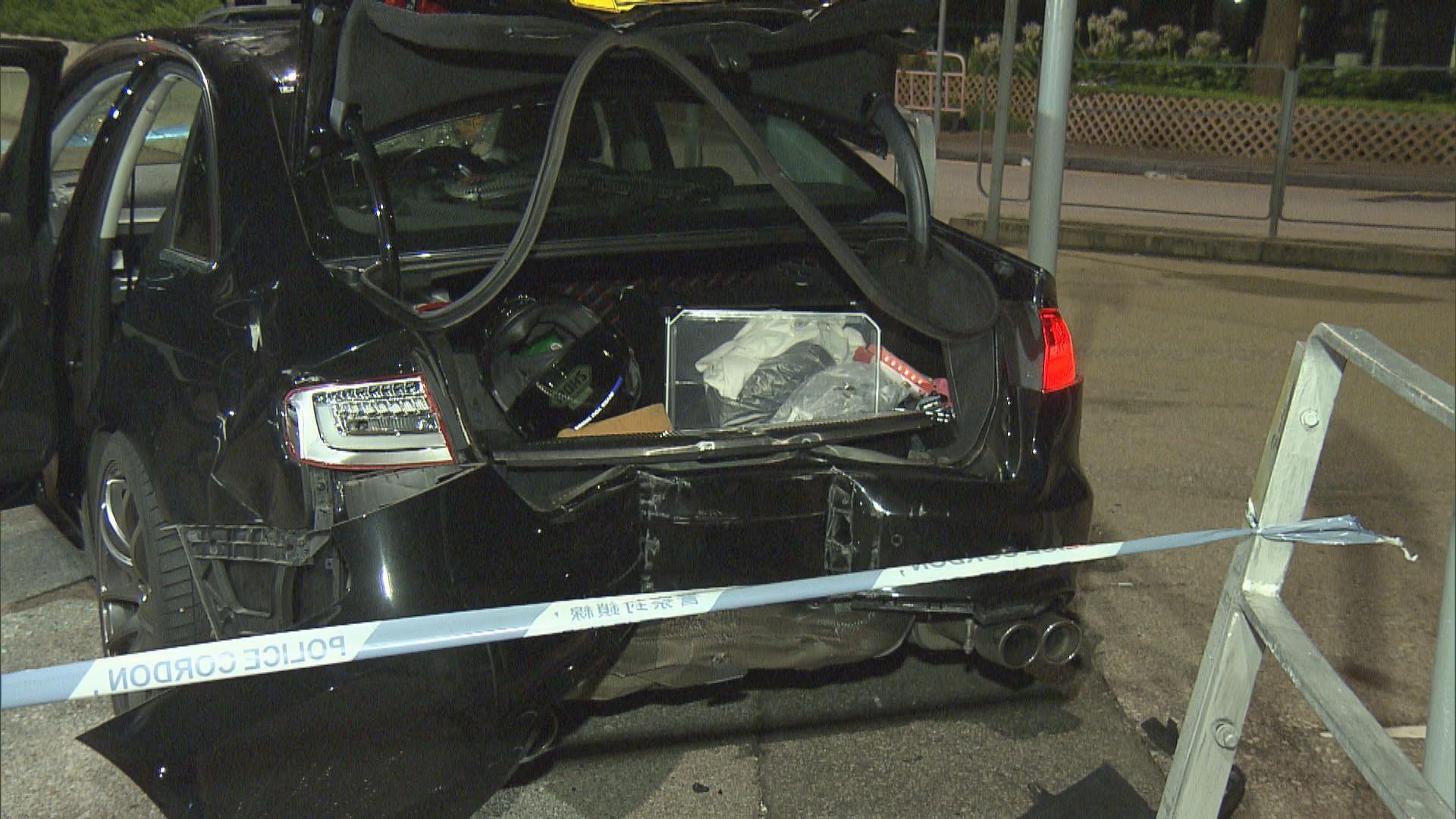數碼港私家車遭截停行劫損失數萬元