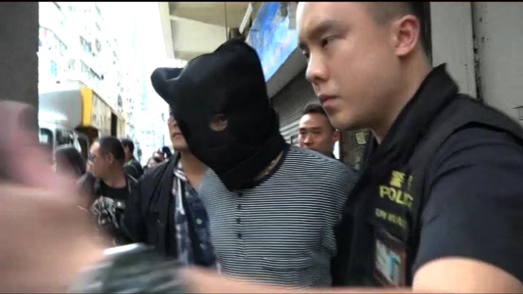 男子疑涉五宗街頭搶劫被捕