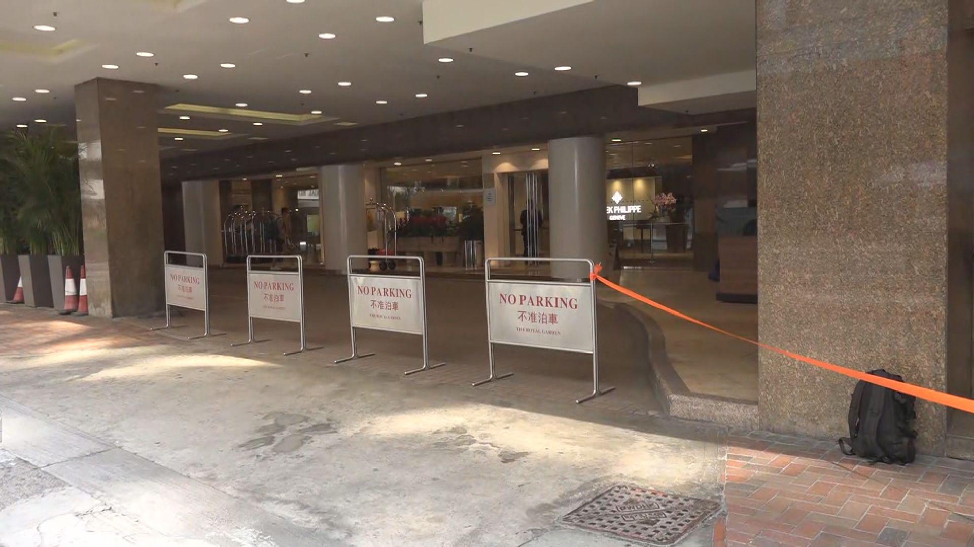 帝苑酒店接獲衞生署通知要求房客中午前撤離 酒店及各餐廳休業兩周