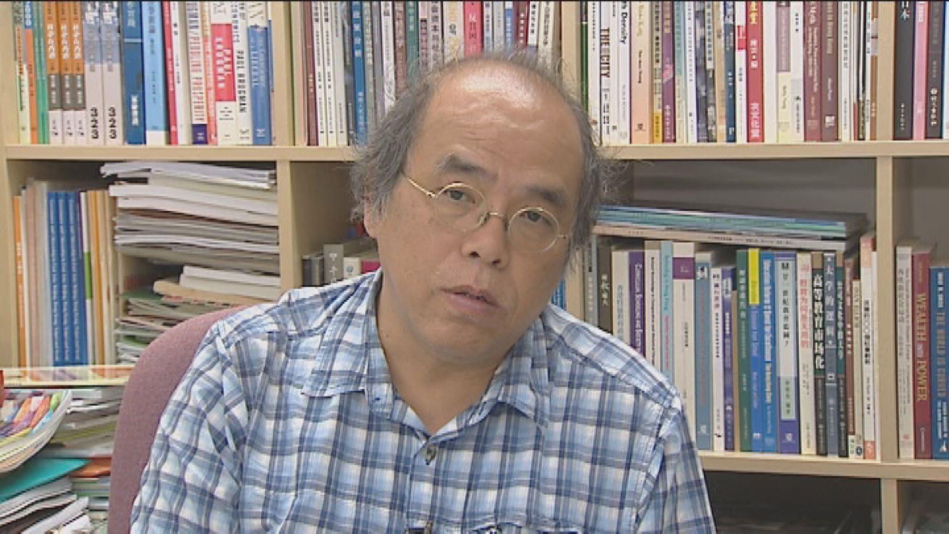 警方曾到鍾劍華寓所搜證 未有帶走任何文件