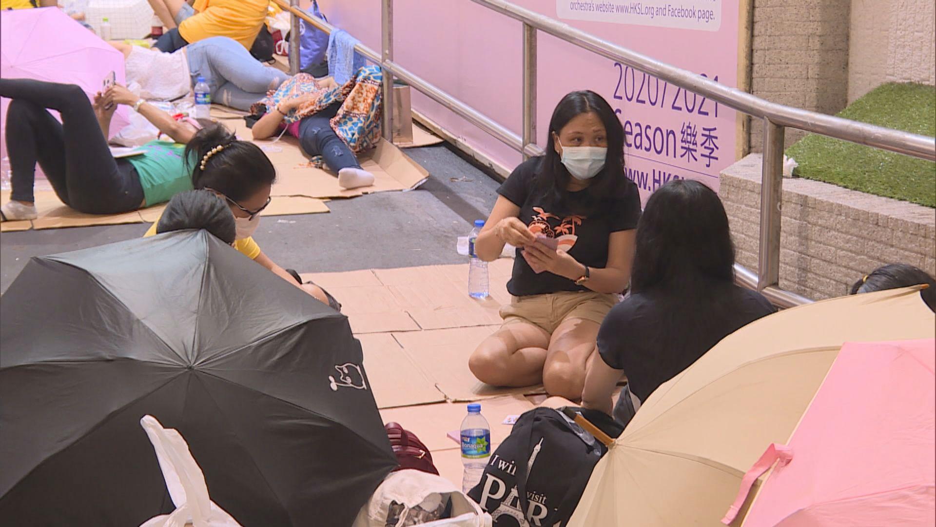 何栢良:政府應盡快為六千多於宿舍居住外傭作病毒檢測